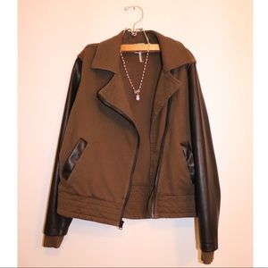 bobi Moto Jacket with leather sleeves 🖤